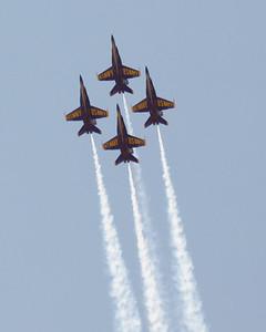 """US NAVY F/A-18 HORNET """"BLUE ANGELS"""""""